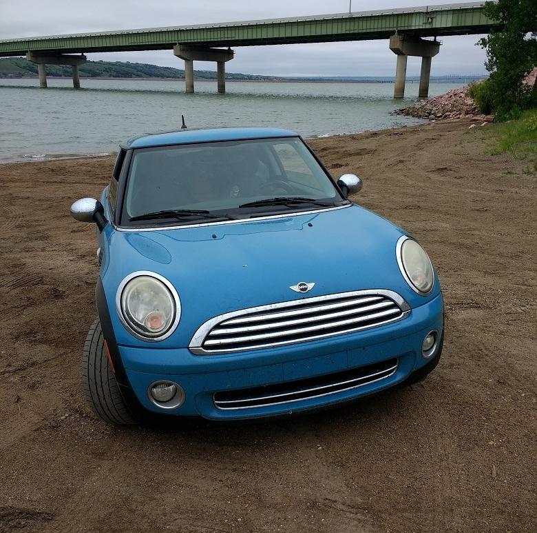 Mini Cooper on the Missouri